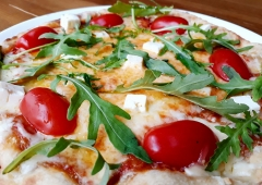 Ring FM Happy Hour saadab ühe kuulaja koos kaaslasega nautima uuenenud Ruunipizza tutikat menüüd!